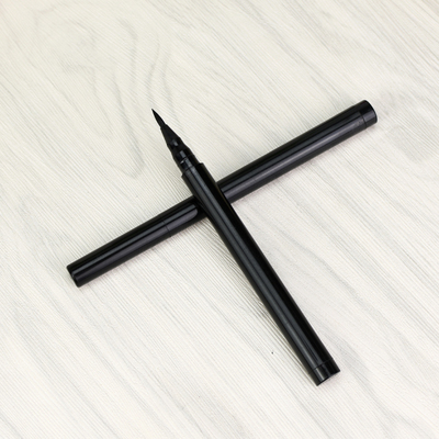 Lasting cool Black Eyeliner Pen